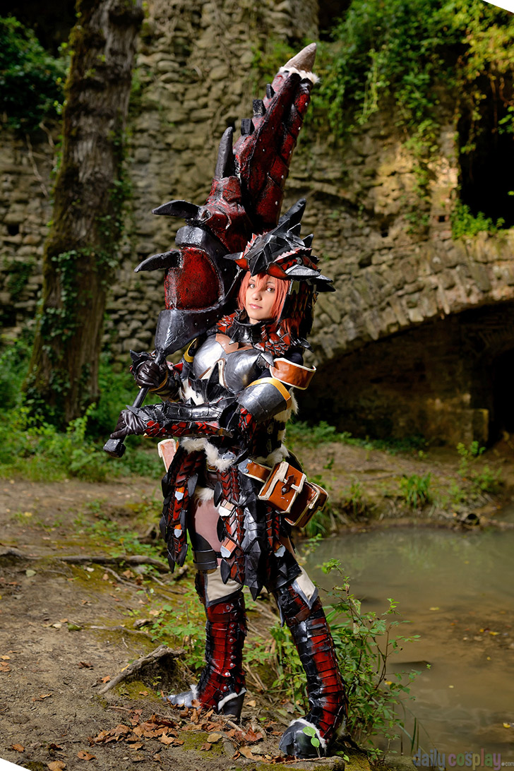 Rathalos Blademaster Armor from Monster Hunter