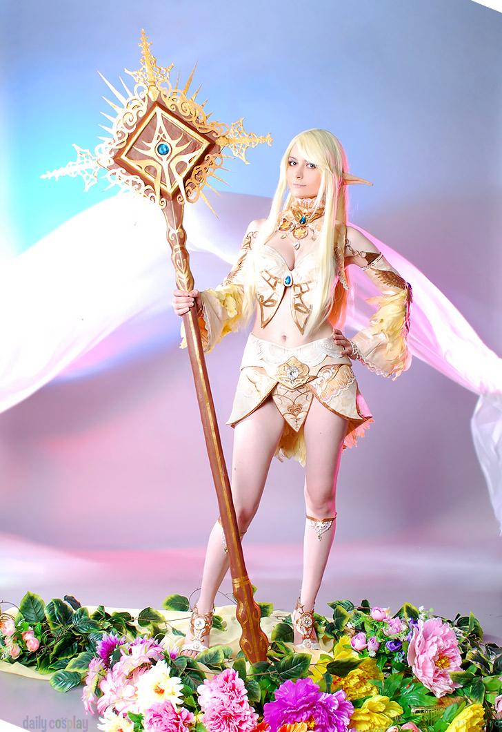 Elf - Major Arcana Robe from Lineage II