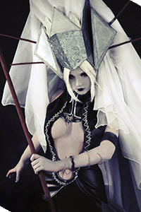 Dark Elf Oracle from Lineage II
