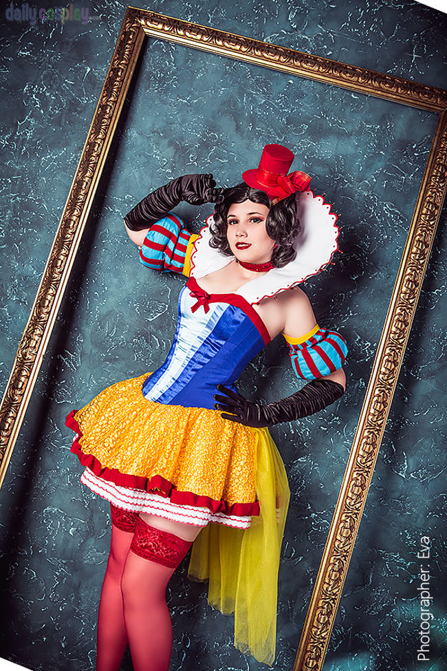 Snow White: Disney Moulin Rouge Style
