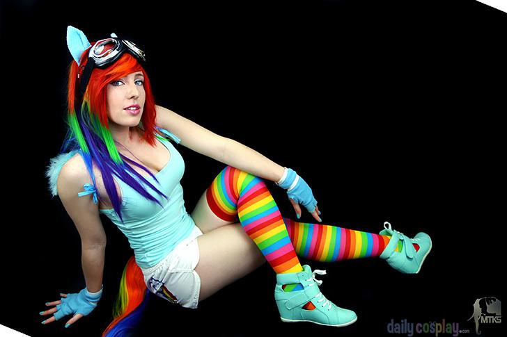 Rainbow Dash from My Little Pony: Friendship is Magic