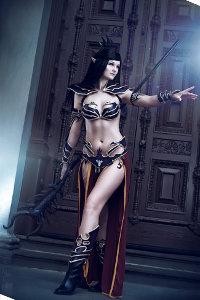 Dark Elf Sorceress from Warhammer