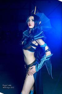Druchii Sorceress from Warhammer Fantasy Battles