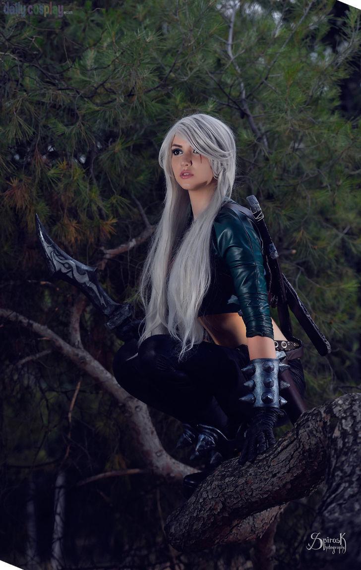 Mercenary Katarina from League of Legends