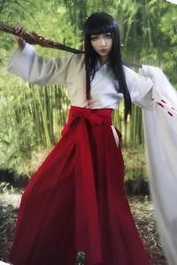 Priestess Kishu Arashi from X-1999