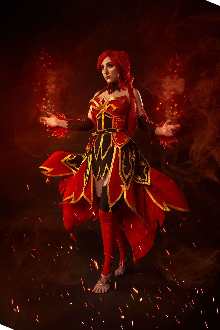 Lina Bewitched Flare from DotA 2