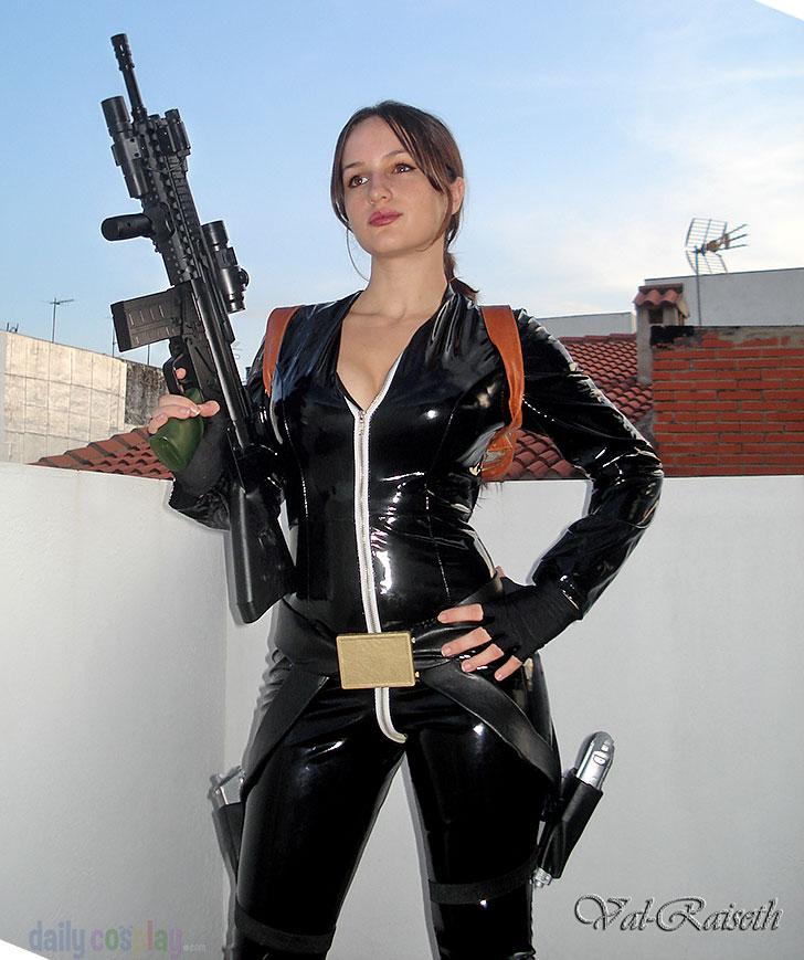 Lara Croft from Tomb Raider Cosplay http://geekxgirls.com