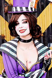 Purple Moxxi from Borderlands 2