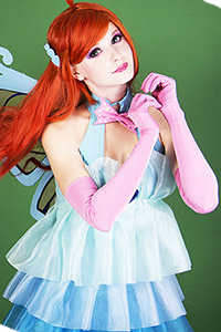 Roxy from Winx Club - Daily Cosplay .com