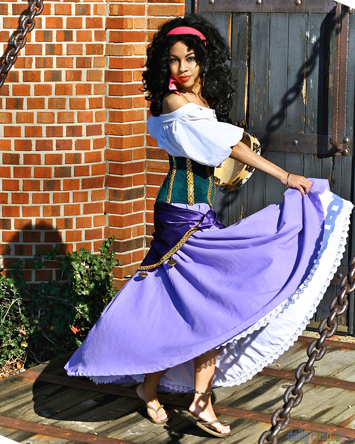 Esmeralda And Phoebus Costumes Esmeralda from ...
