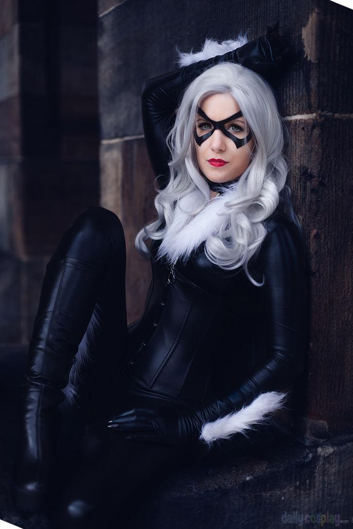 Jessica Nigri Sexy Black Cat
