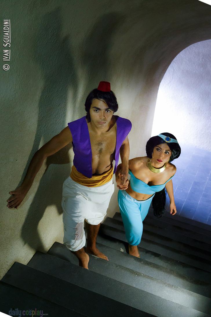 jasmine Aladdin cosplay and