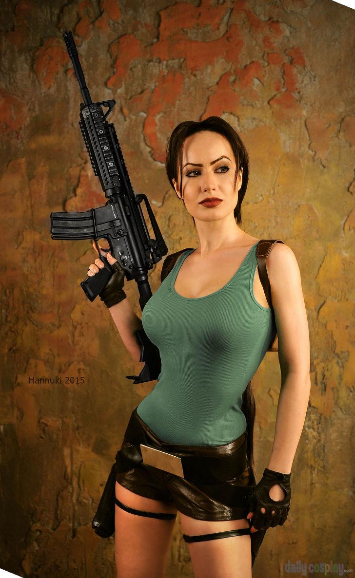 Lara Croft from Tomb Raider cosplay   Lara croft cosplay