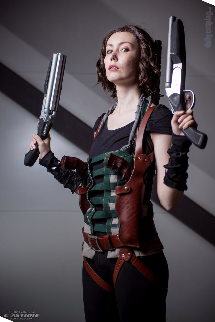 Alice From Resident Evil Afterlife Daily Cosplay Com
