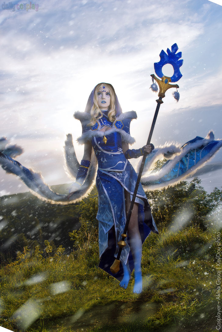 Crystal Maiden from Dota 2 - Daily Cosplay .com