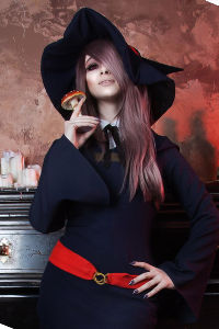 Sucy Manbavaran from Little Witch Academia
